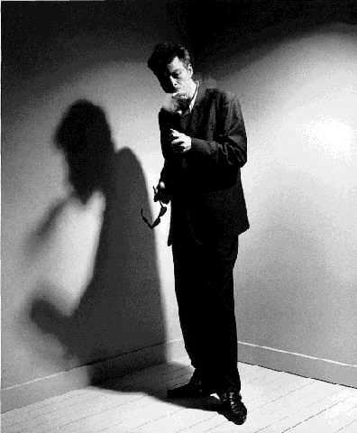 Martin Bril in de Nieuwe Revu rond 1995. De periode die een ommekeer in zijn leven en carrière zou betekenen