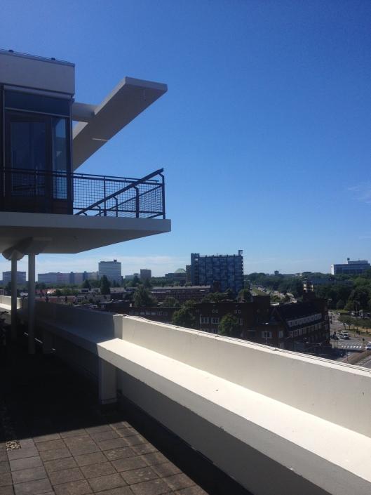 Dakterras van Overtoom 545 bovenop het Pon-gebouw