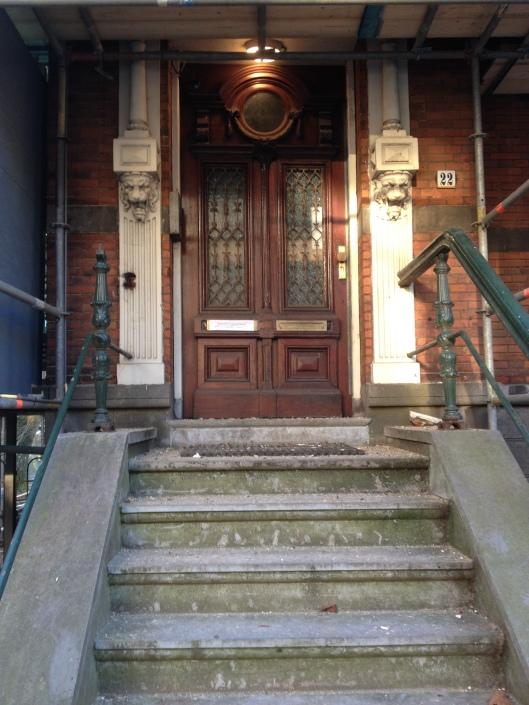 De voordeur van Mathildes huis